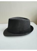 Ефектна лятна шапка с периферия за дами със стил в цвят черно