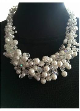 Официално колие от перли и кристали Сваровски модел White Crystal Magic by Rosie Concept