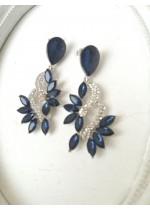 Елегантни висящи обици с кристали в тъмно синьо и бяло - Blue Aurora