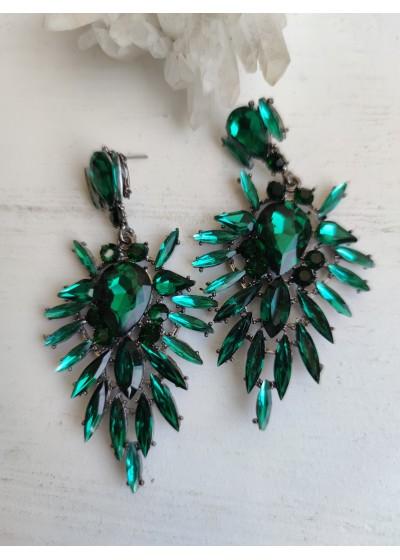 Висящи обици с кристали в цвят тъмно зелено модел Green Beauty