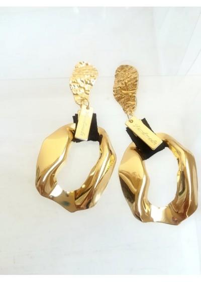 Ефектни дълги дамски обици модел Handmade в златисто и черно