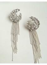 Висящи обици с кристали в бяло и сребърно за официални събития модел White Flowers