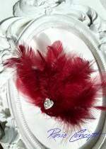 Дизайнерски ръчно изработени брошки - украса за коса с пера и кристали цвят Бордо Burgundy Bird