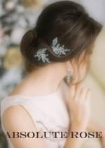 Кристални и перлени фуркети за коса в комплект с бижута